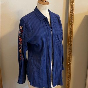 SALE Long sleeve blouse with embroidered sleeve